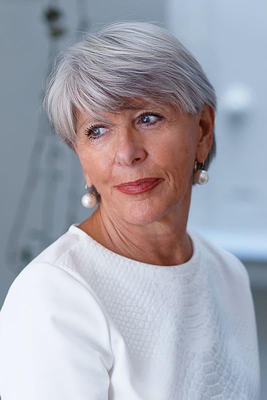 Photo de book de mannequin senior : Brigitte D